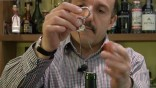 Le B-A-BA du vin avec G. Basset – «Tire-bouchon ou bi-lame ?»