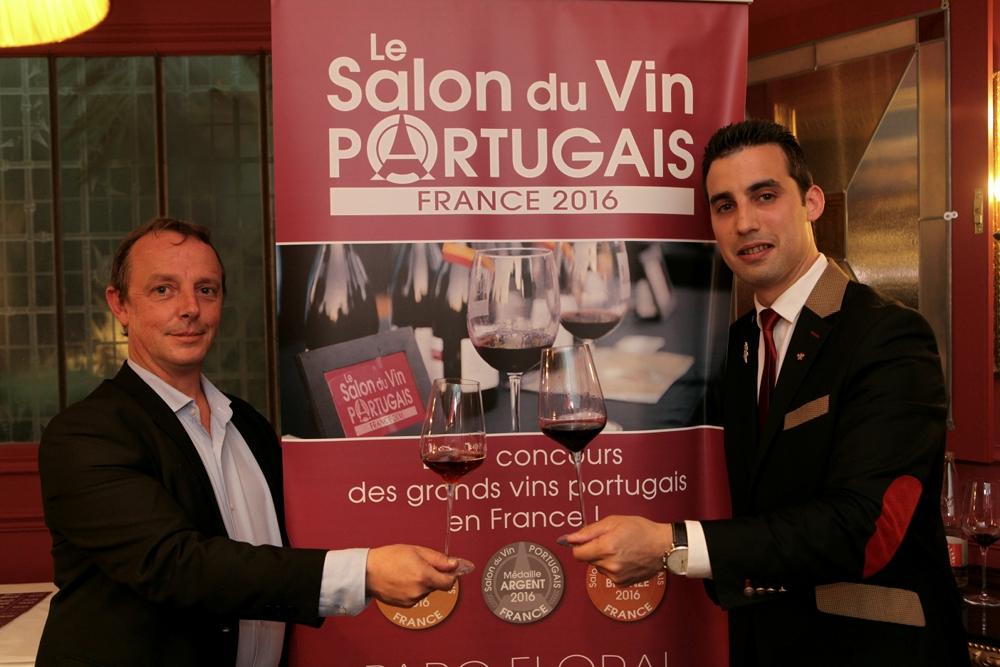 Les sommeliers parisiens mobilis s pour le premier salon for Salon du vin nice